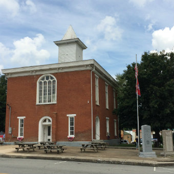 Partnership with the Clay County Courthouse